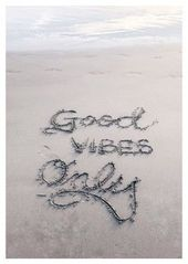 Good Vibes Only - Motivation Quotes Card Postcard 1