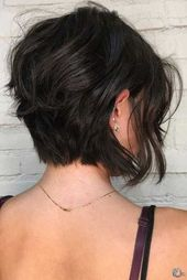 Short brown hairstyles for fashionable women 2019