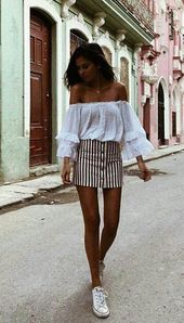 Summer street style fashion / Fashion week #fashio…