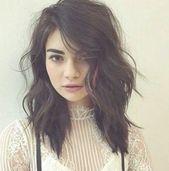 20 Stylish Short Hairstyles for Wavy Hair: #17- Wavy Messy Hair; #wavyhair; #shorthair