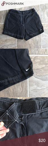 Nike Shorts Bequeme Shorts, Klettverschluss, Reißverschluss, Seitentaschen. Strecken …   – My Posh Closet