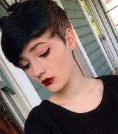 #Cut #damen #Frauen #Frisuren #Gefärbt #Halblang