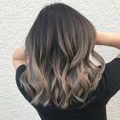 lange Haarmodelle – Dieser mittellange Haarschnitt hat lange Schichten mit abgehackten, strukturierten Spitzen. Super-F – http://wolfpack-toptrendspint.blackjumpsuitoutfit.tk/