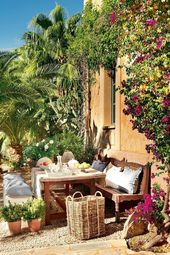 Mediterranean garden in 50 pictures – A model of how to bring holiday mood and well-being into your garden