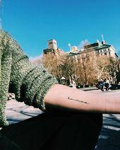 """27 Magisch sinnvolle Tattoos, inspiriert von der Welt von Harry Potter –  """"Die Geschichten waren eine ständige Erinnerung während meiner Genesung, d…"""