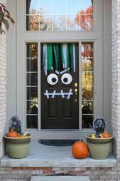 Halloween-Bilder: 35 Ideen zur Türdekoration   – Halloween