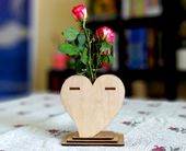 Minimalist Test Tube Heart Shaped Flower Vase – Valentine Heart Vase – Small Bud Vase – Wedding Table Vase