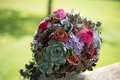 Brautsträuße mit Rosen und Sukkulenten   – Floristik
