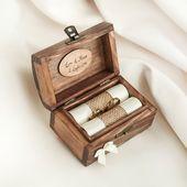 Caja de anillo de bodas personalizada. Caja de anillas de madera. Soporte de anillo con cinta en diferentes colores. Portador del anillo   – Hochzeitsringe