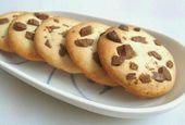 Photo of Eggless Chocolate Chip And Honey Cookies Recipe