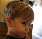 Schöne Frisur Styles für Kleinkinder Boy  Schöne Frisur Styles für Kleinkind… – Frisuren Kinder