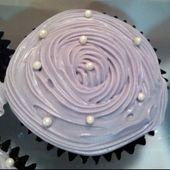 Mein erstes Mal Cupcakes paspeln .. Glutenfreie Schoko Cupcakes, paspelt mit Whipp …
