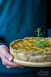 Quiche de achicoria con pera y camembert   – Essen und trinken