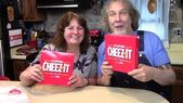 Verkostung der Pizza Hut Gefüllte Cheez-It Pizza – Food Review – Leckere Rezepte – #Ch …