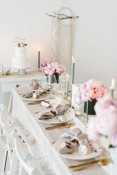 Hochzeitsdekoration mit Pfingstrosen im eleganten Boho-Stil   – golden wedding inspirations