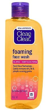 12 Best Clean and Clear Face Washes For Dry, Oil & Pimples Skin