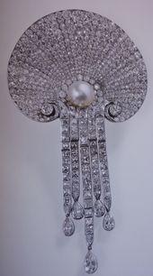 4d634f6e8f9938b7827fd11dff78a0cb--british-crown-jewels-royal-jewels.jpg