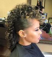 20 coiffures inspirées de Faux Hawk pour les femmes – coiffures Fauxhawk féminines