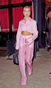 Hailey Baldwin Leaves Republic Records Party in New York 01/26/2018. Celebrity Fashion and Style | Street Style | Street Fashion –  – #Uncategorized