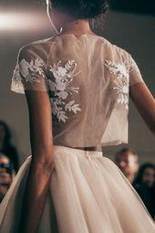 Jupon en tulle : Mira Zwillinger Bridal Spring 2016 / Marriage ceremony Model Inspiration