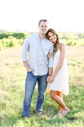Find a field near by for your summer engagement photos!   – Summer Engagement Photo ideas!