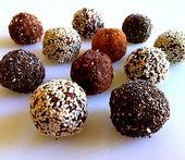 Crunchy Raw Vegan Protein Balls