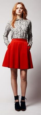 00b818c22 falda roja circular