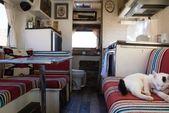 Madison & Cees in einem Toyota Wohnmobil   – Homemade