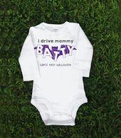 Kundenspezifischer Halloween-Baby-Bodysuit – das erste Halloween des Babys – Sie fahren mich bekloppt   – Products