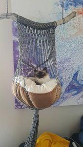 Única cama de gato de macramé hecha a mano. Cuerda en blanco y negro, coral …   – Einrichtungstipps