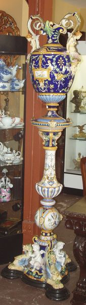 Ginori maiolica urn and pedestal, late 19th C