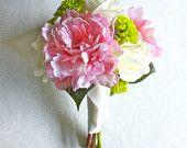 Blumenstrauß aus Pfingstrosen und Mamas (Rosa, Elfenbein, Grün, Chartreuse) 8 & # 39; & # 39; über Real …   – Flowers