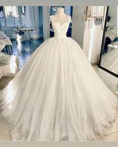Bild kann enthalten: eine oder mehrere Personen und Hochzeit – #Bild #eine #enth…