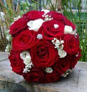 Bruidsboeket rode en witte rozen