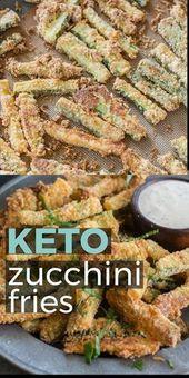 Ces frites de courgettes croustillantes sont panées avec de la farine d'amande, du parmesan et des …