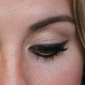 18 Nützliche Tipps für Leute, die am Eyeliner saugen   – Beauty