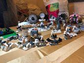 Schnelles, lustiges Spiel, um eine Verteidigungslinie für die Invasion der …   – Lego Drawing