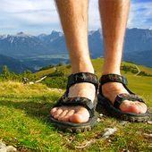 Wie man Teva Sandalen riecht   – Household Guides