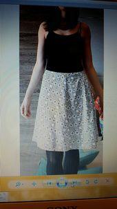Jupe patineuse motifs géométriques h & m   – mes ventes sur Vinted