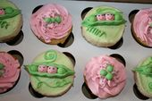 pictures of baby shower cupcakes | Here are some super cute baby shower cupcakes…