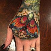 95 Wunderschöne Schmetterlingstattoos: Die Schönheit und die Bedeutung 46