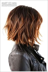 23 Die heißesten kurzen Frisuren für Frauen