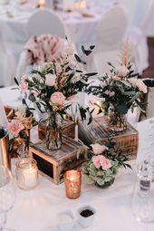 Wunderschöne Vintage Hochzeitsdeko mit zarten ros…