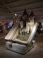 booksandpieces: Eine märchenhafte Buchausstellung in einem … (Booklover)