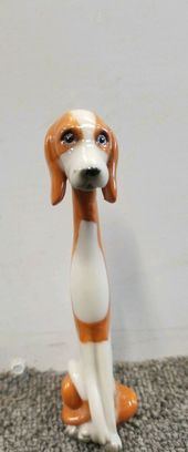 Preowned Unmarked 6 Long Neck Brown And White Beagle Dog