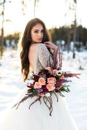 Stimmungsvolle Hochzeitstöne sind immer noch im Trend. Juwelentöne wie Burgunder, Marine und Pflaumen …   – Ball Gown, A-line, Princess Wedding Dresses