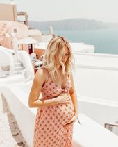 Baby Bump So grateful to be pregnant with my baby girl this Mother's Day 💕👶🏼 I ...