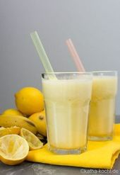 Ananas-Zitrone Smoothie mit Banane