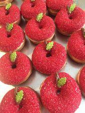 12 Herbst Apple Mini Donuts Back to School Dessert Tisch Karamell Apfel Süßigkeiten Tabl …   – Cupcakes