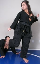 Pin By James Colwell On Karate Females Vs Females Women Karate Martial Arts Women Karate Girl